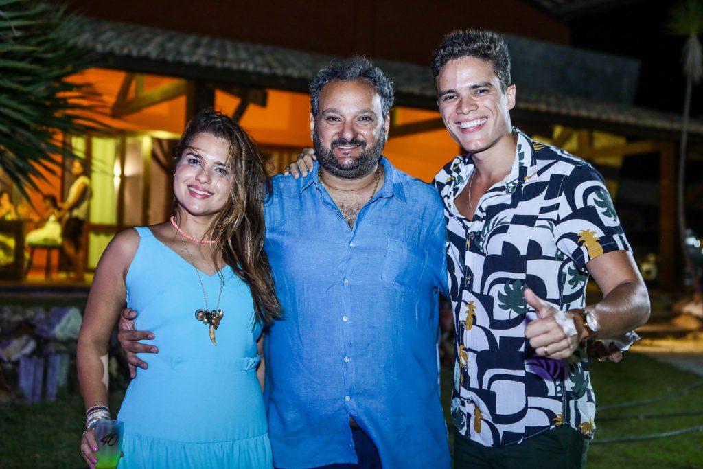 Renata E Patriolino Dias E Marcos Lessa