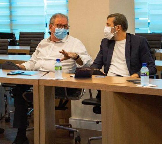 Ricardo Cavalcante apresenta as potencialidades do Observatório da Indústria ao vice-prefeito Élcio Batista