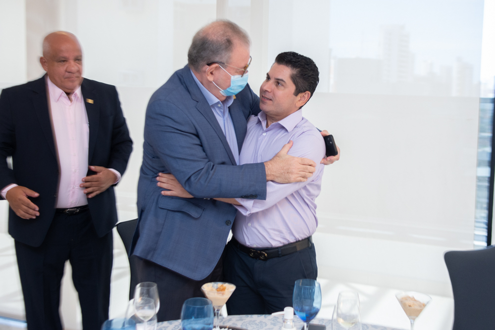 Ricardo Cavalcante E Pompeu Vasconcelos (1)