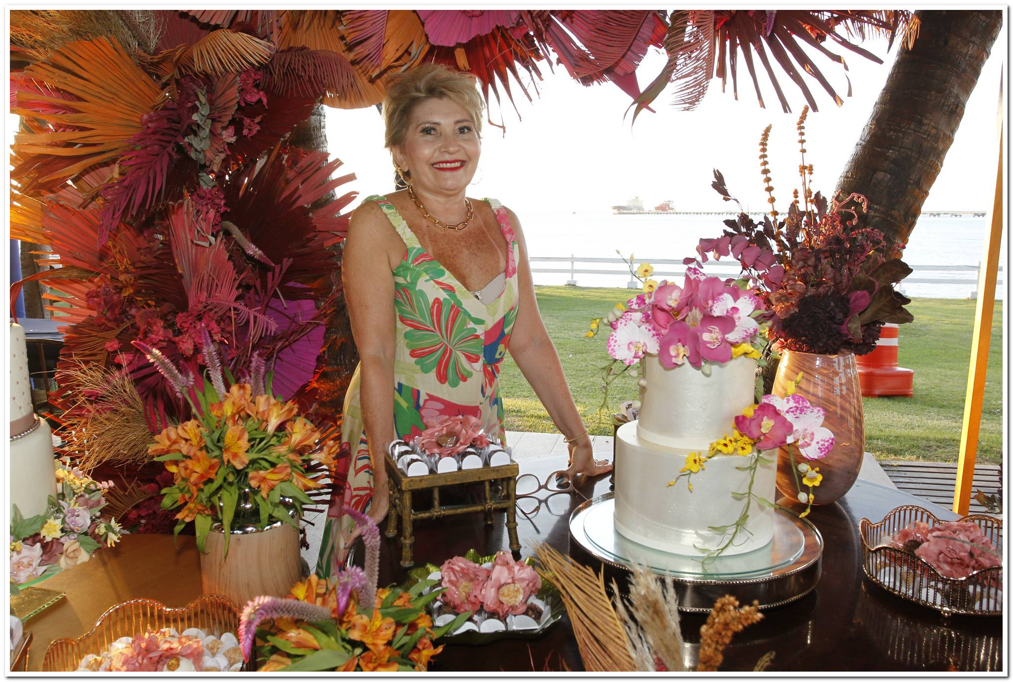 Iate Clube serve de palco da festa de aniversário de Salete Araújo