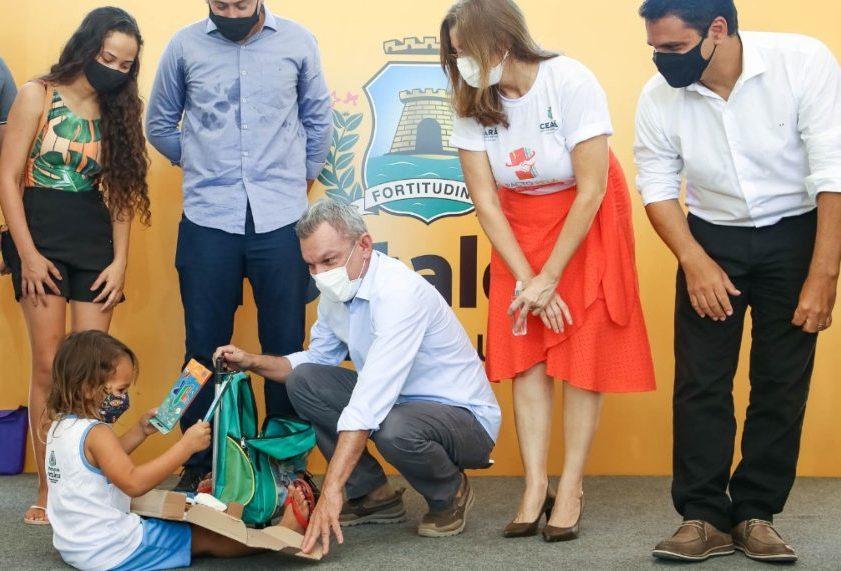 Sarto entrega primeiro CEI que conta com infraestrutura de berçário em Fortaleza