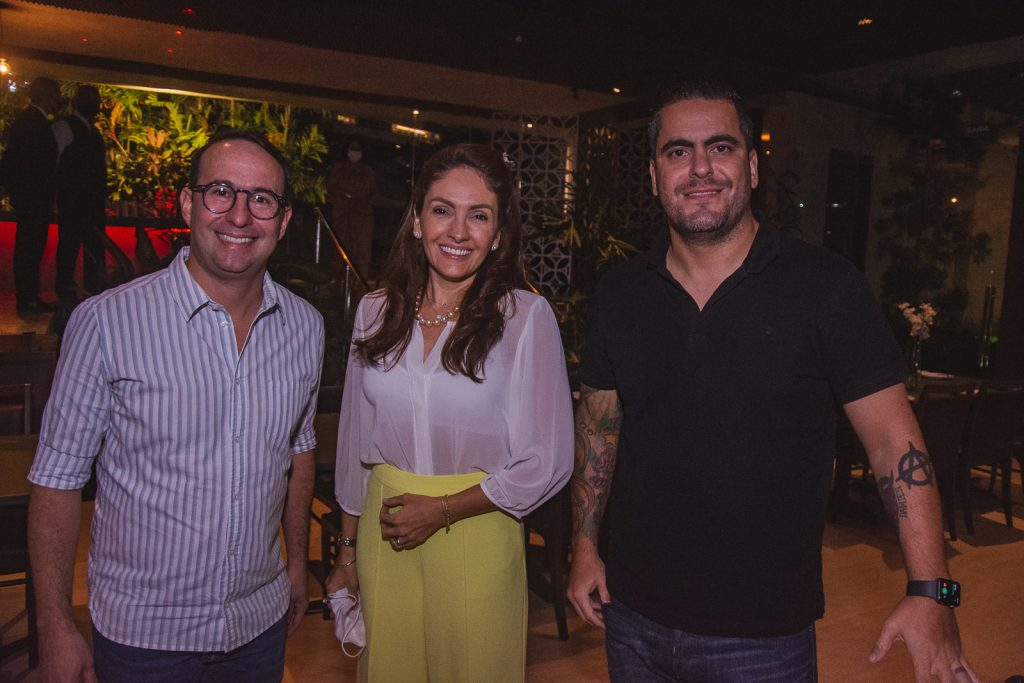 Savio Pitta, Liane Teixeira E Daniel Figueiredo