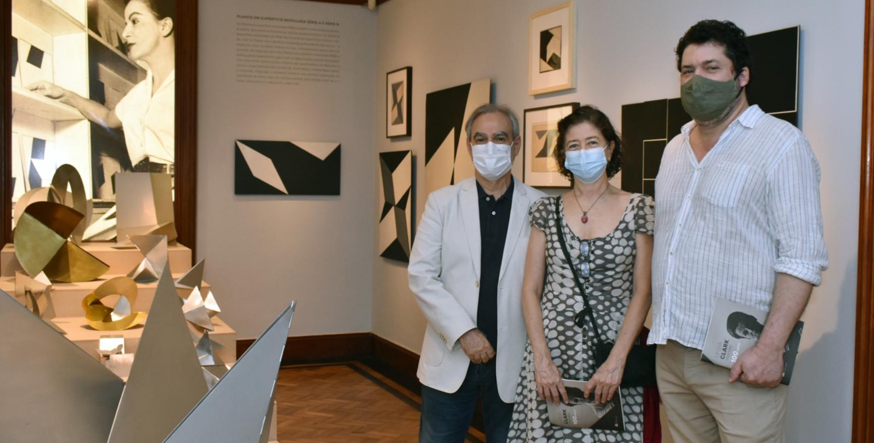 Max Perlingeiro abre mostra sobre a trajetória de Lygia Clark na Pinakotheke Cultural