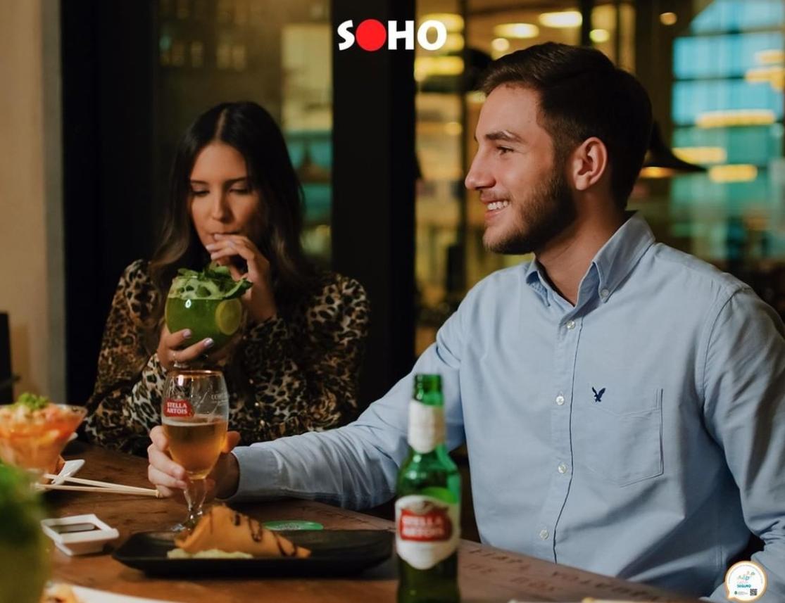 Soho Fortaleza atrai o público com cardápio de drinks especiais no Happy Hour. Confira!