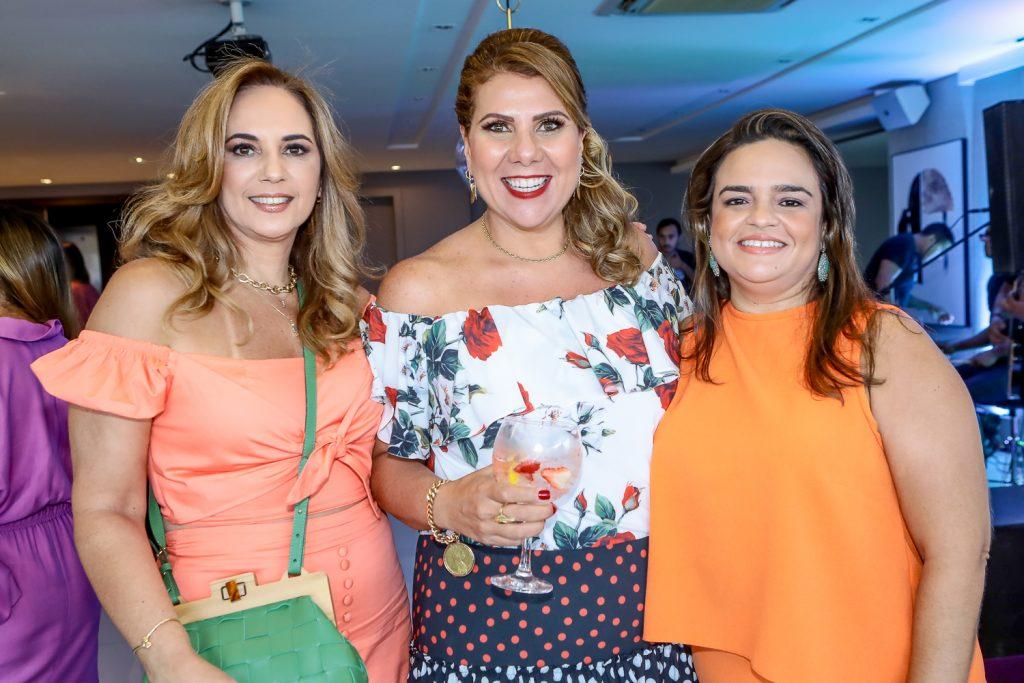 Suzi Cabral, Evelin Ximenes E Roberta Gentil (1)