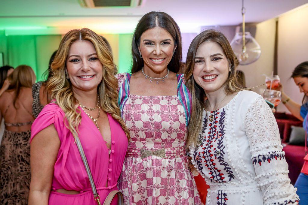 Tatiana Luna, Roberta Costa E Maria Clara Dallolio