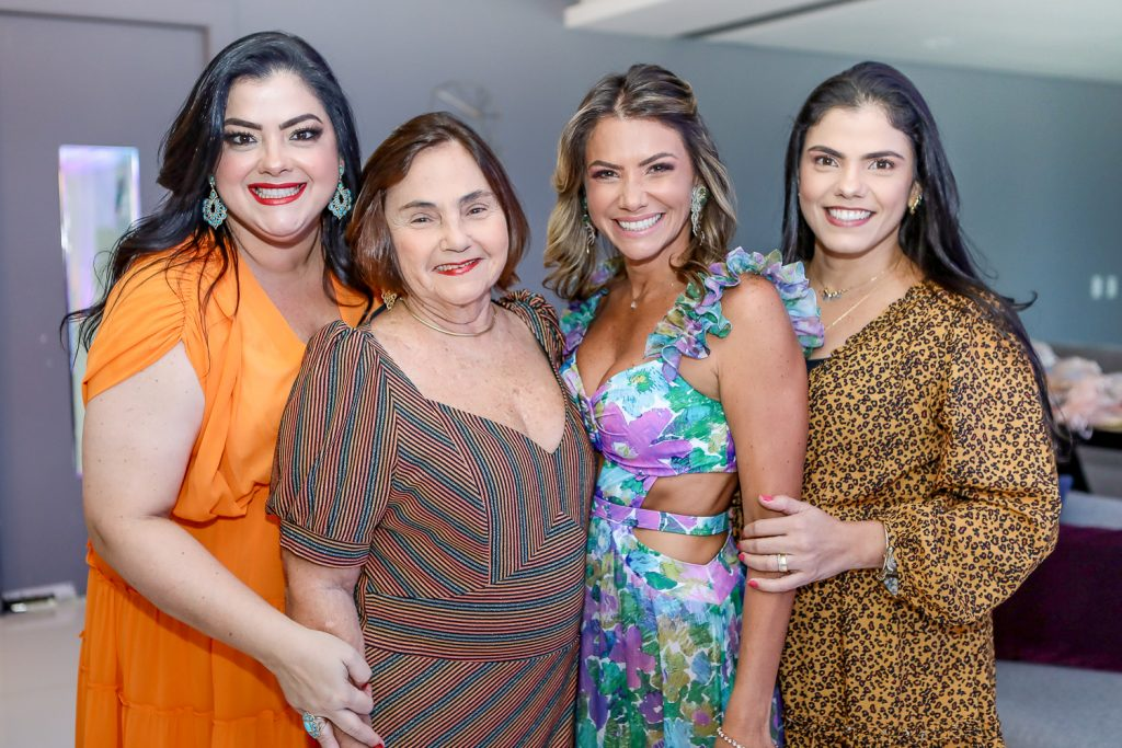 Vivi, Mirian, Vanessa E Virginia Almada