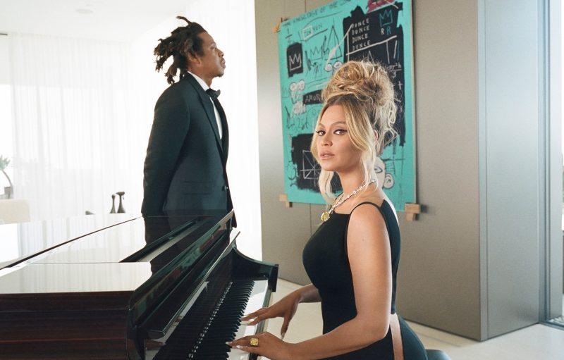 ABOUT LOVE - Obras do baiano Emanoel Araujo figuram em campanha estrelada por Beyoncé e Jay-Z