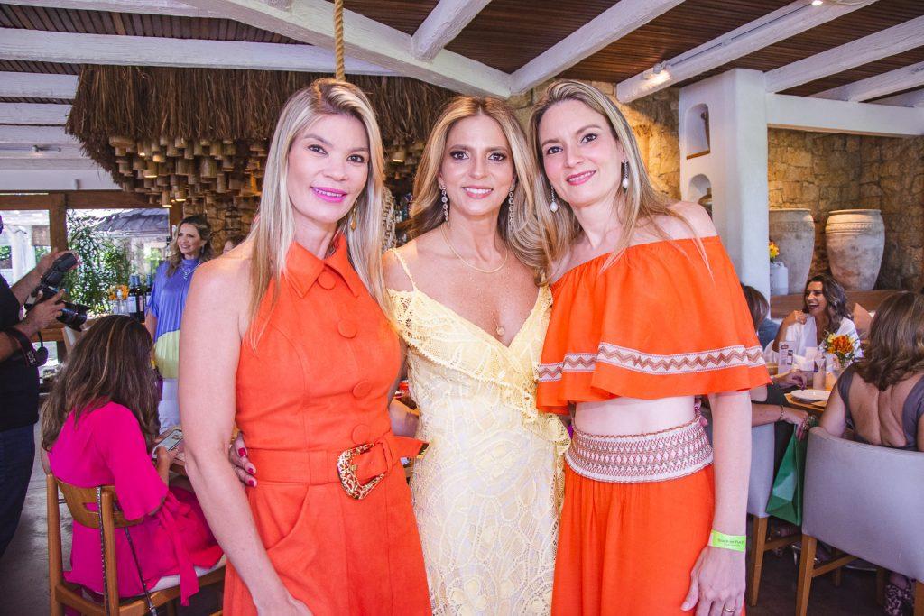 Alessandra, Michelle E Carol Aragao