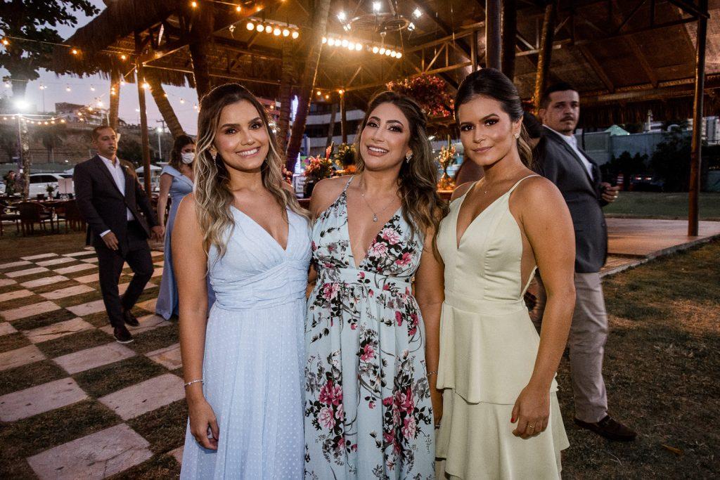 Ana Karolina Cavalcante, Thaina Borges E Bia Oliveda