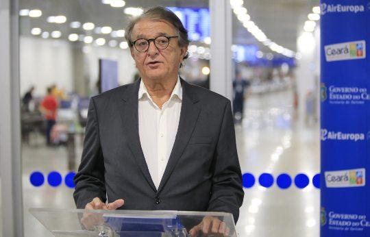 Arialdo Pinho diz que normalidade de voos domésticos deve ocorrer até março