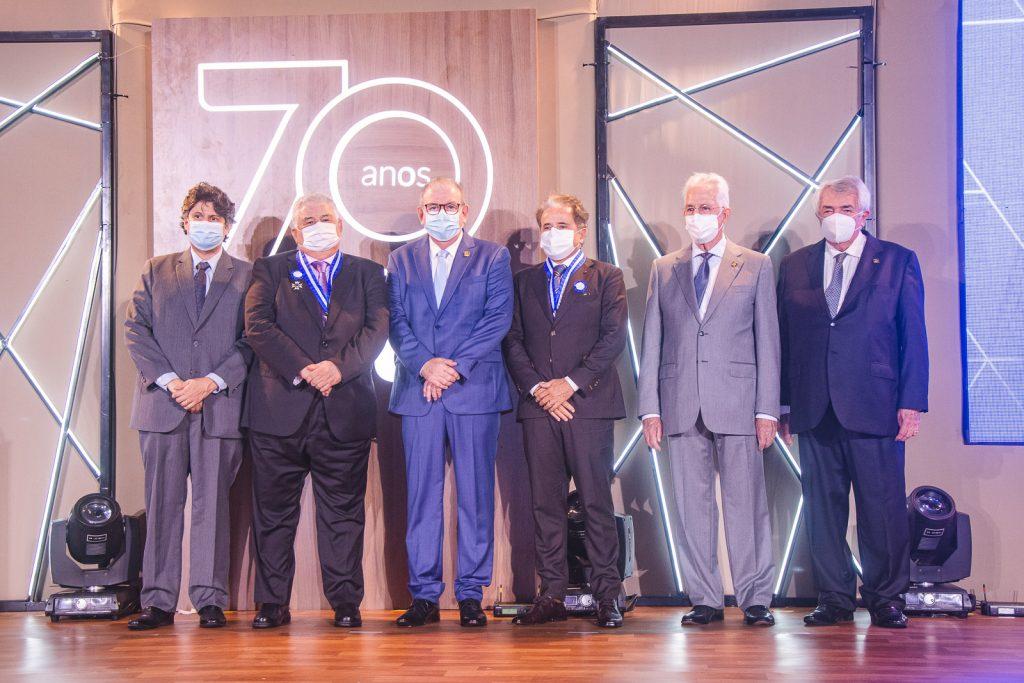 Bruno Girao, Luiz Girao, Ricardo Cavalcante, Ivan Bezerra, Carlos Prado E Roberto Macedo