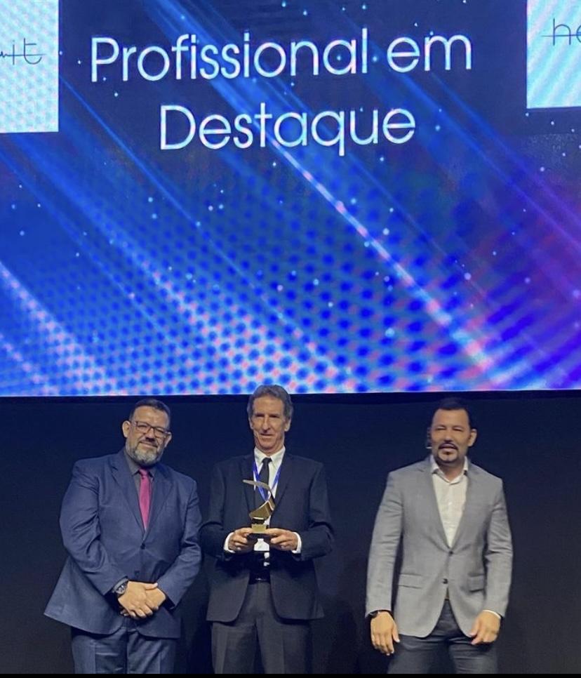 Executivo do Hapvida recebe Prêmio como Profissional Destaque de Tecnologia da Saúde
