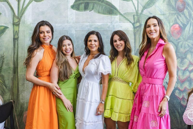 Camila Nogueira, Maria Clara Negrao, Maria Lucia Negrao, Nathalia Brasil E Marcela Turbay