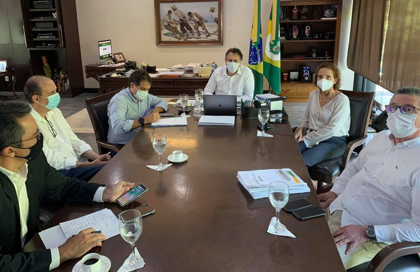 Governo do Ceará prepara protocolos de eventos-teste e passaporte de vacinação