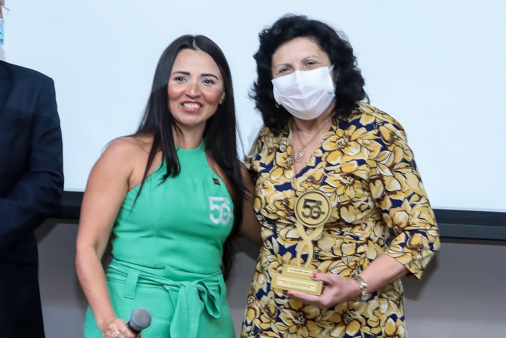 Dana Nunes E Nailde Pinheiro