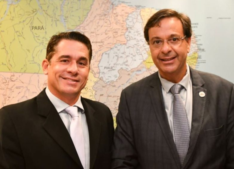 Daniel Sidrim debate com ministro Gilson Machado novo impulso para o turismo