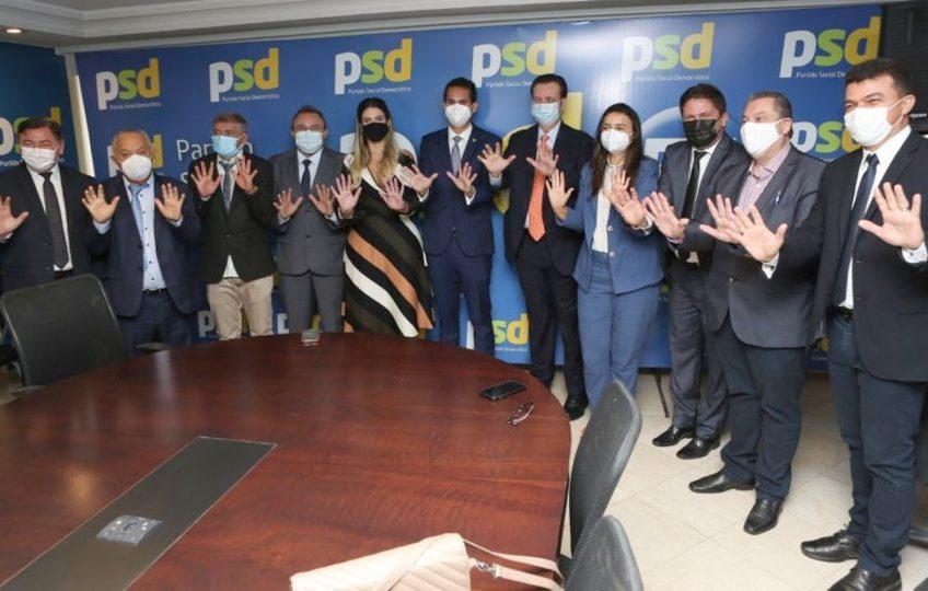 Domingos Neto cumpre ampla agenda com prefeitos em órgãos públicos no DF
