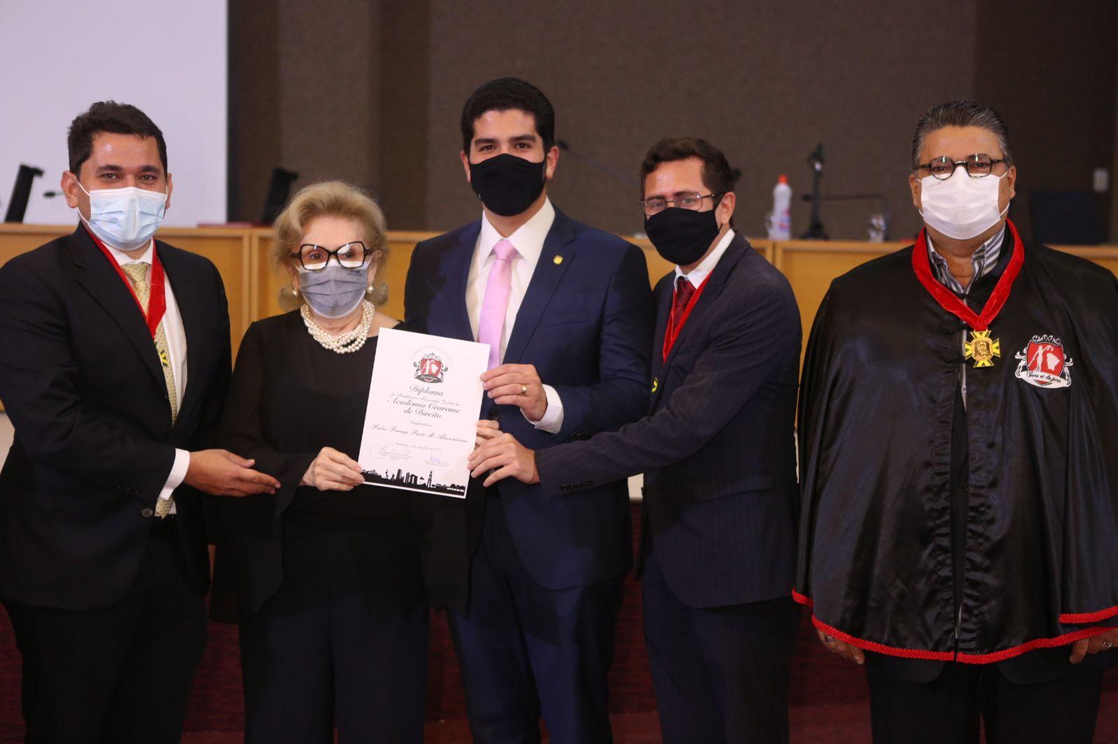 Vereador Pedro França vira membro da Academia Cearense de Direito Jovem