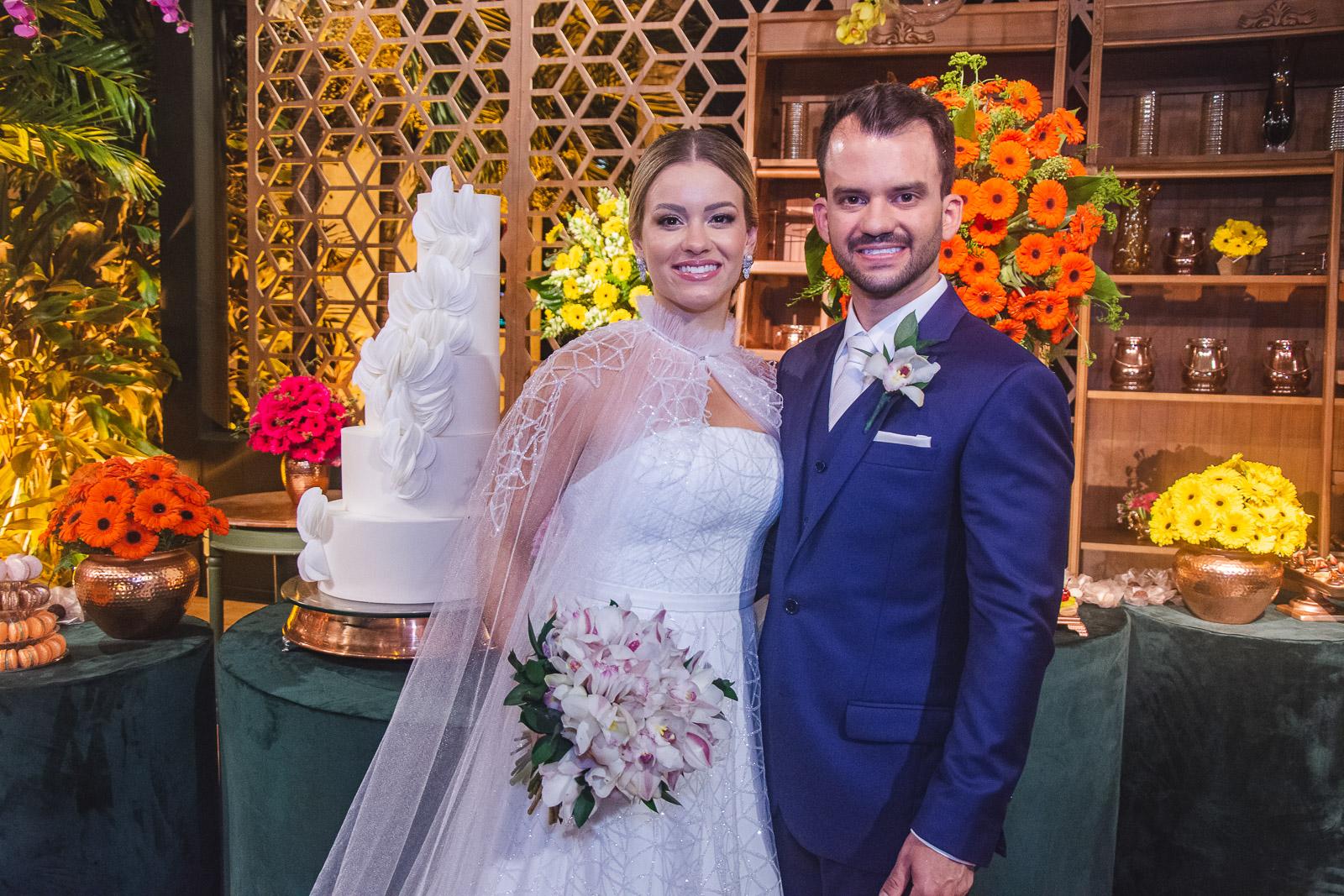 Emanuella Lacerda e Waldemir Feitosa celebram o amor em cerimônia intimista no Pipo Restaurante