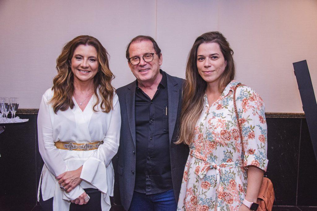 Emilia Buarque, Paulo Correia E Renata Correia