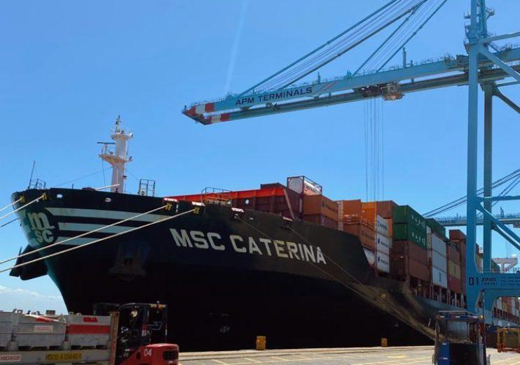 Porto do Pecém bate recorde histórico de movimentação em agosto e dá início à temporada de exportação de frutas