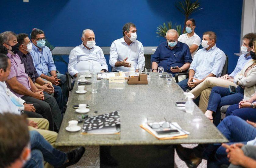 Luiz Gastão discute novas parcerias entre Fecomércio-CE e Prefeitura de Maracanaú