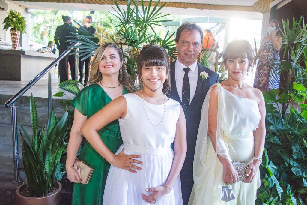 Ingrid Araujo, Nicole Araujo, Randal Araujo E Maria Jose Lopes