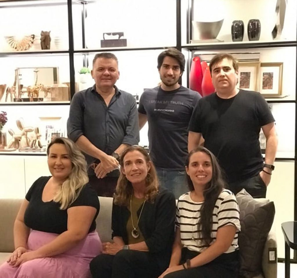 Isabela Reis, Ana Aline Moura Aguiar , Ana Paula Saboia Moura, Omar De Albuquerque, Victor Brasileiro E Humberto Sampaio