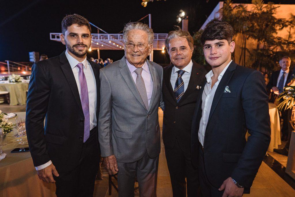 Ivan Bezerra Neto, Ivan Bezerra, Ivan Bezerra Filho E Luca Bezerra