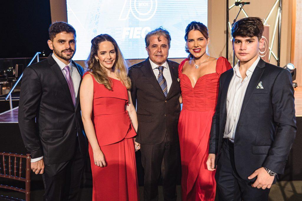 Ivan Bezerra Neto, Mayna Bezerra, Ivan Bezerra, Ana Carolina Fontene E Luca Bezerra