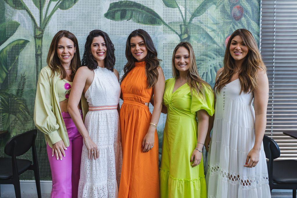 Juliana Caminha, Gabriela Rolim, Camila Nogueira, Leticia Teixeira E Aline Carolino