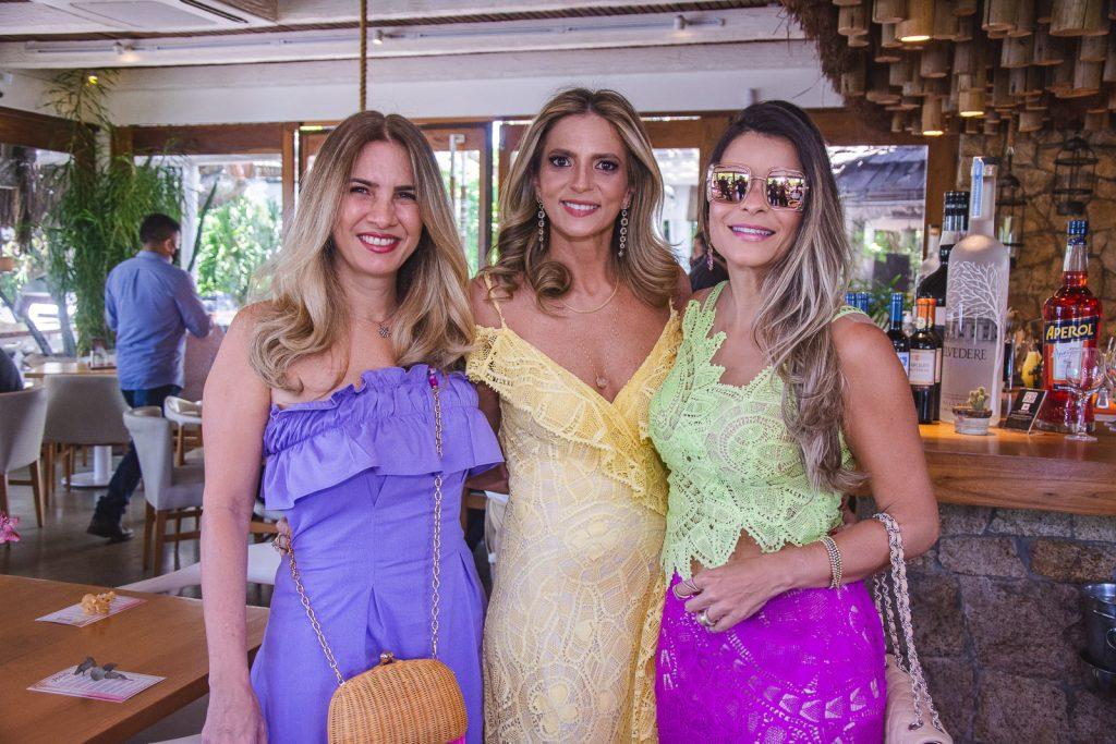 Karmilse Marinho, Michelle Aragao E Camila Arrais