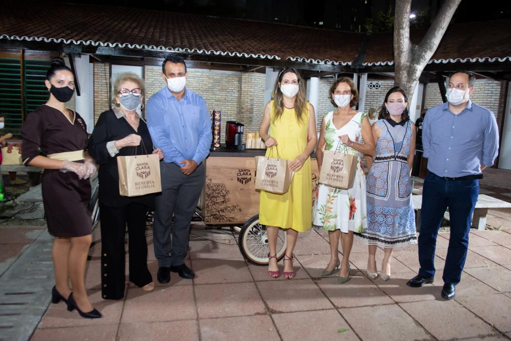 Kassya, Socorro França, André Alves, Onélia Santana, Izolda Cela, Patrícia Liebmann E Sandro Camilo