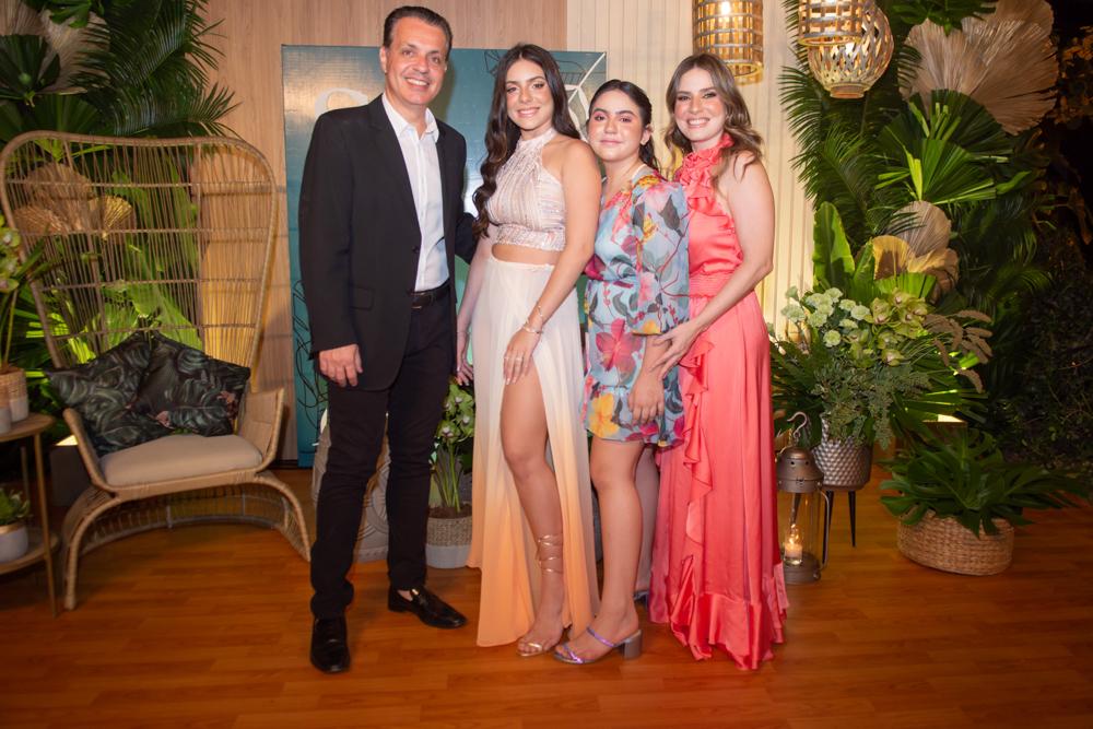 Leonardo, Sophia, Nicole E Maria Clara Dall'olio (2)