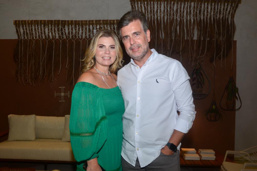 Liliane Meira reúne convidados especiais para o lançamento da nova coleção da DonaFlor Mobília