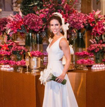 Estilista Marcelo Quadros fala sobre a criação do vestido de casamento de Manoela Rolim