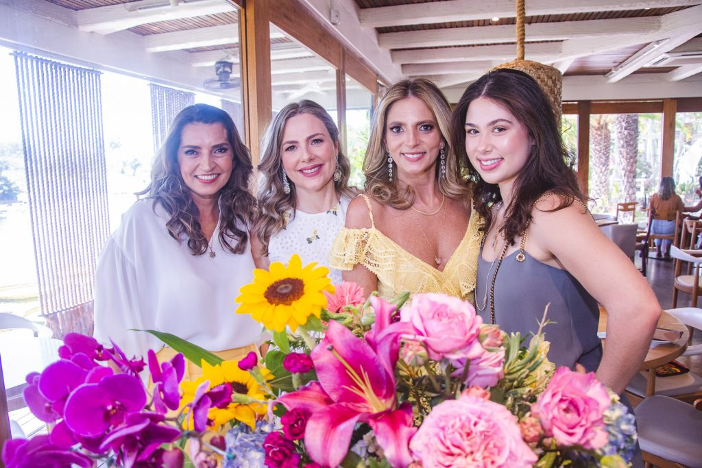 Marcia Travessoni, Suyane Dias Branco, Michelle Aragao E Marcela Dias Branco