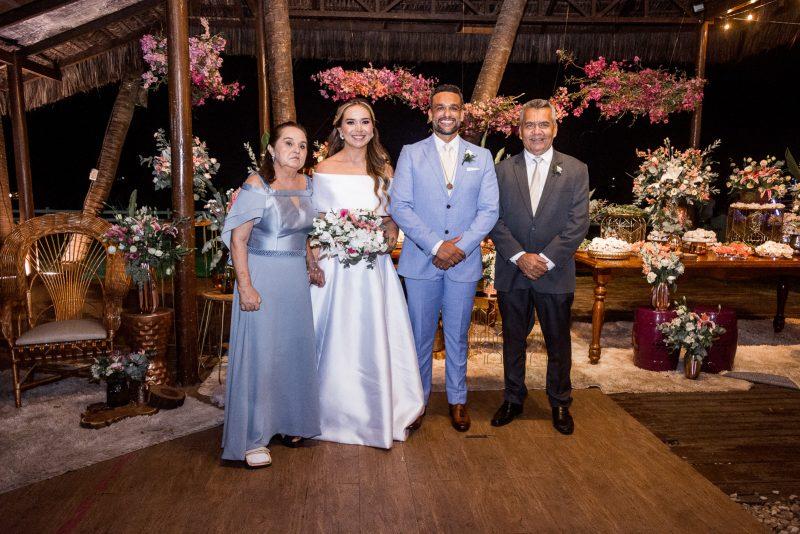 Wedding day - O Iate Clube foi cenário da festa de casamento de João Luiz Ferreira e Ticiana Ribeiro