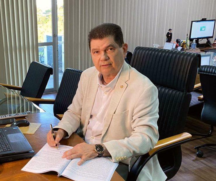 Mauro Filho defende que investimentos devem ficar fora do teto dos gastos
