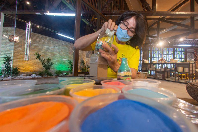 Modernização da estrutura - Valorizando o artesanato cearense, Governo do Estado reinaugura a Loja CeArt na Praça Luiza Távora