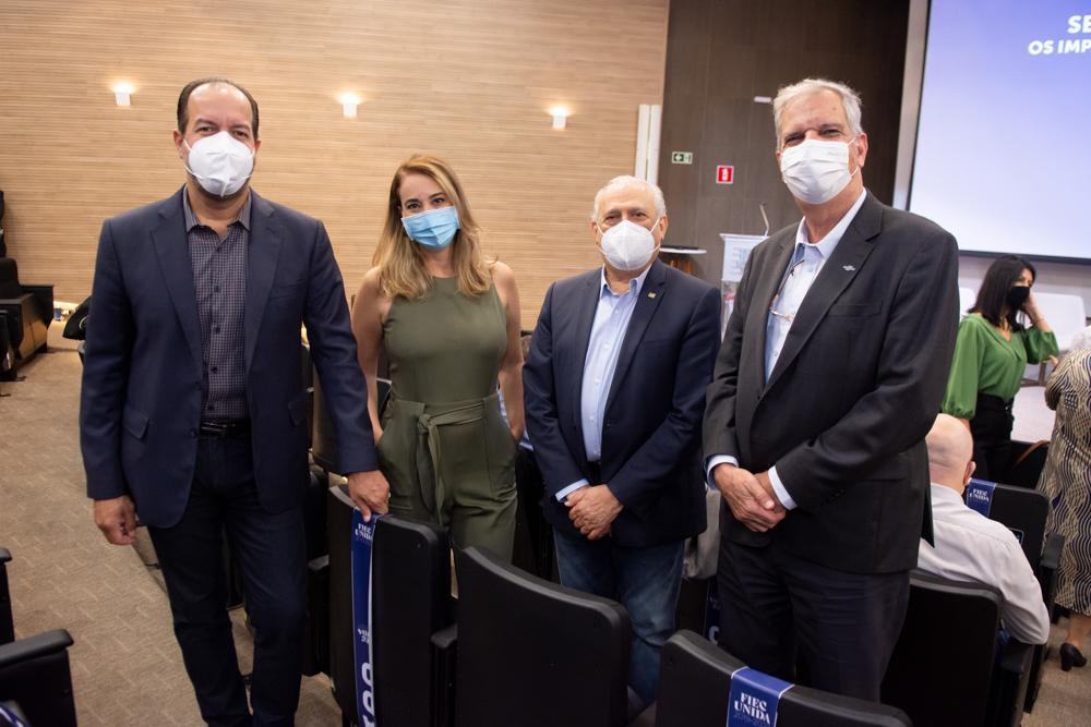 Moises Gomes, Caroline Rezende, Jorge Cury E Paulo Eirado