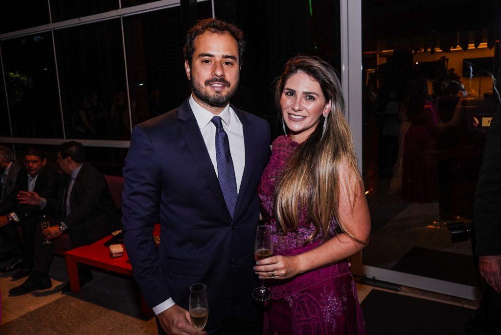 Oswaldo Duarte E Nathalia Da EscÓssia