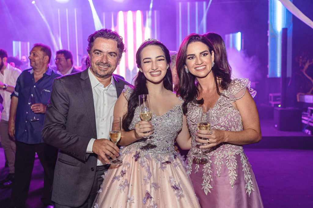 Pedro Ivo, Leticia E Giselle Frota