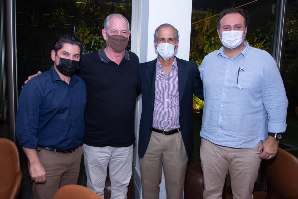 Pompeu Vasconcelos, Ciro Gomes, André Bichucher E Adriano Nogueira