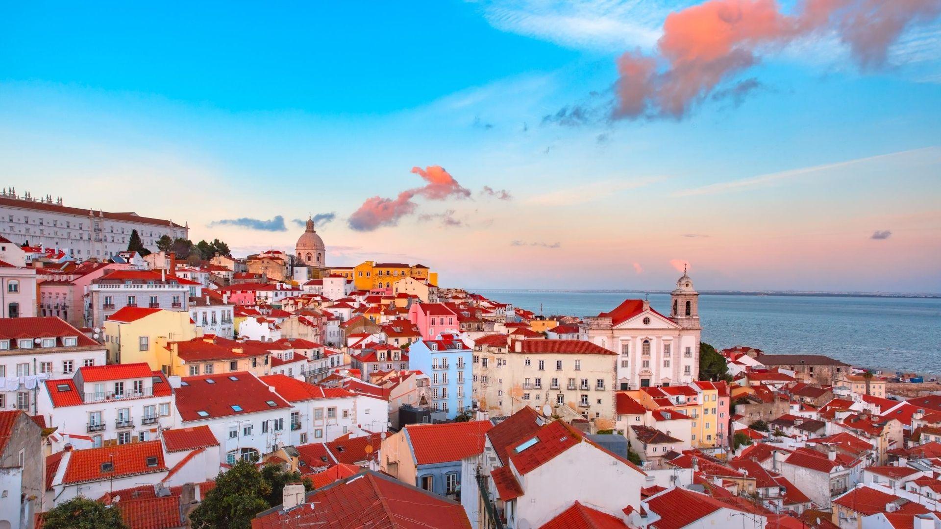 Após um ano e meio de restrições, Portugal libera entrada de viajantes do Brasil