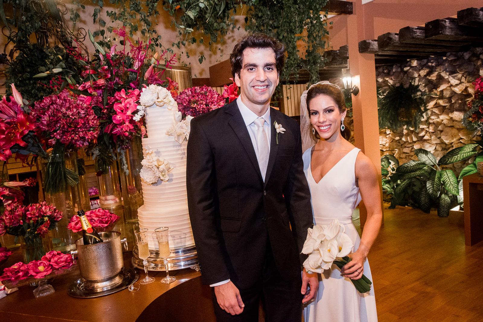 Chic e intimista! Foi assim a cerimônia de casamento de Manuela Rolim e Raphael Nogueira