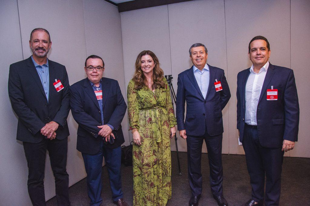 Regis Medeiros, Alessandro Belchior, Emilia Buarque, Anastacio Marinho E Germano Belchior