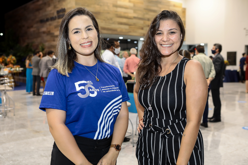 Renata Barros E Camila Rocha