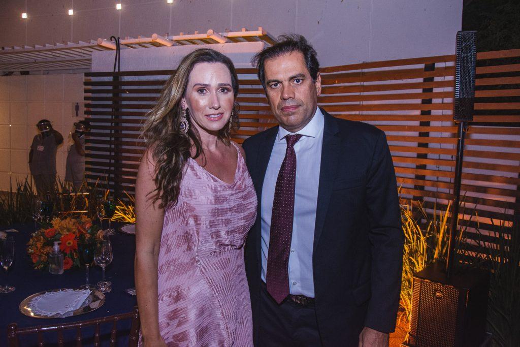 Roberta E Etevaldo Nogueira